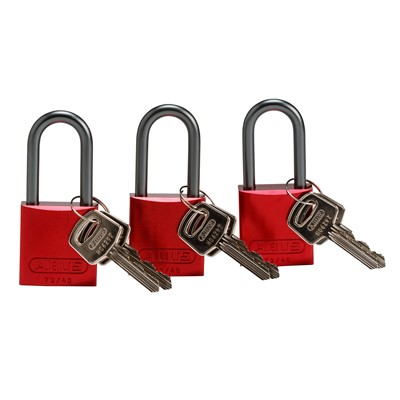 Brady 105902 - Standard Size Aluminum Padlocks - 6-Pin Cylinder - 1.5 in. Shackle Clearance - Keyed Alike - 3/Pack